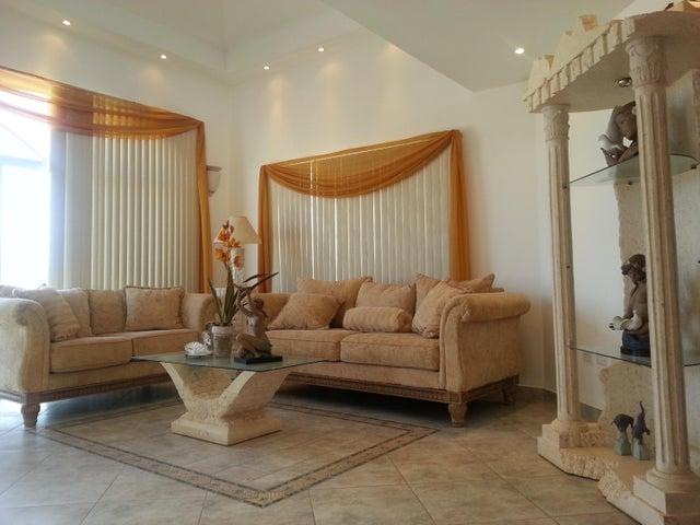 Residential-Casa Aruba>Santa Cruz>Santa Cruz - Venta:355.000 Dolar - codigo: 17-56