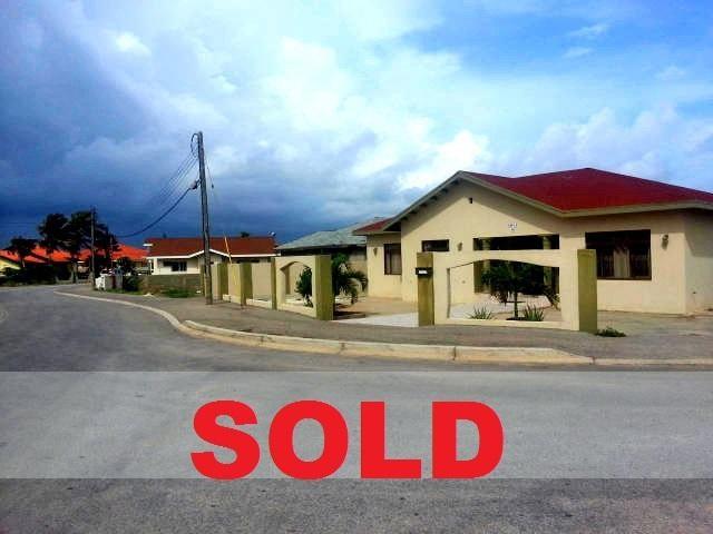 Residential-Casa Aruba>Noord>Noord - Venta:240.000 Dolar - codigo: 17-29