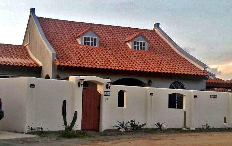 Residential-Casa Aruba>Noord>Noord - Alquiler:2.000 Dolar - codigo: 18-9