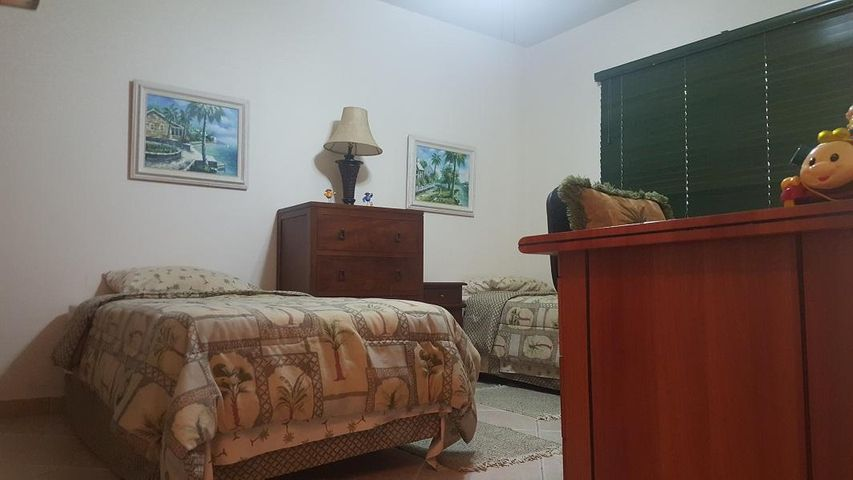 Residential-Casa Aruba>Oranjestad>Oranjestad - Venta:338.000 Dolar - codigo: 18-30