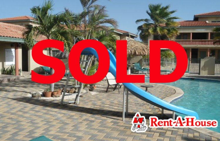 Residential-Casa Aruba>Oranjestad>Oranjestad - Venta:235.000 Dolar - codigo: 17-64