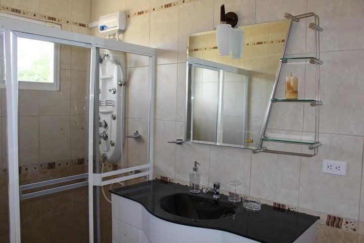 Residential-Casa Aruba>Noord>Noord - Venta:675.000 Dolar - codigo: 18-32