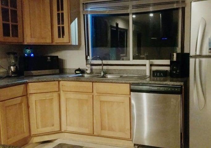 Residential-Casa Aruba>Noord>Noord - Alquiler:2.000 Dolar - codigo: 18-42