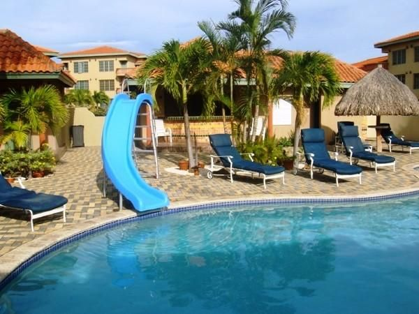 Residential-Casa Aruba>Oranjestad>Oranjestad - Venta:320.000 Dolar - codigo: 18-60