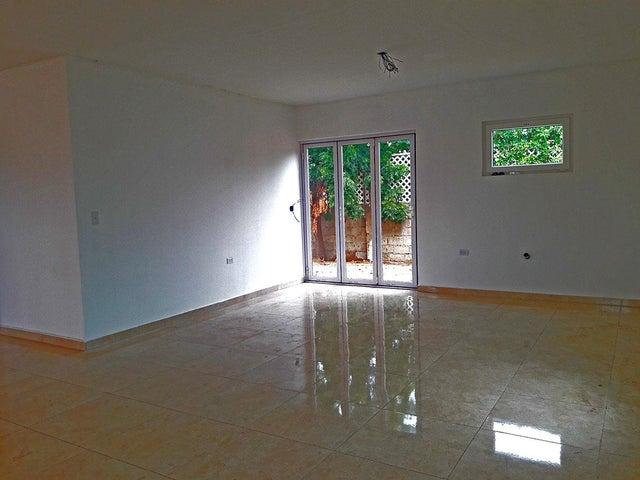 Residential-Casa Aruba>Oranjestad>Oranjestad - Venta:235.000 Dolar - codigo: 19-28