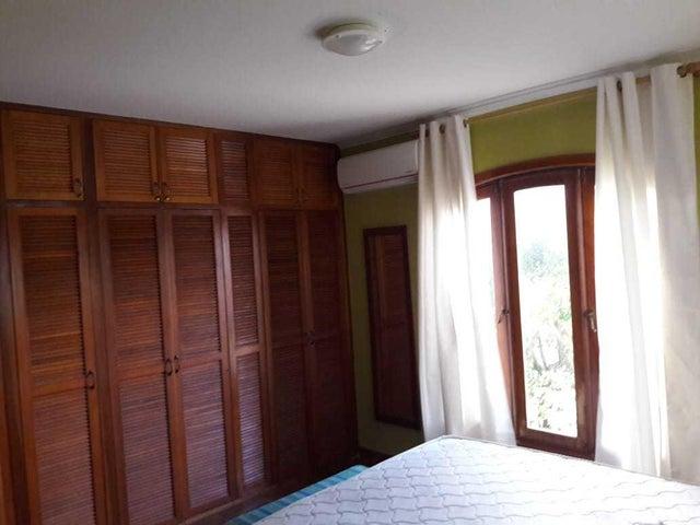 Residential-Casa Aruba>Noord>Noord - Alquiler:1.400 Dolar - codigo: 19-42