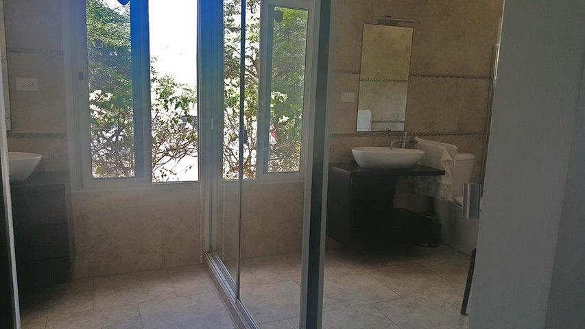 Residential-Casa Aruba>Oranjestad>Oranjestad - Alquiler:1.750 Dolar - codigo: 19-53