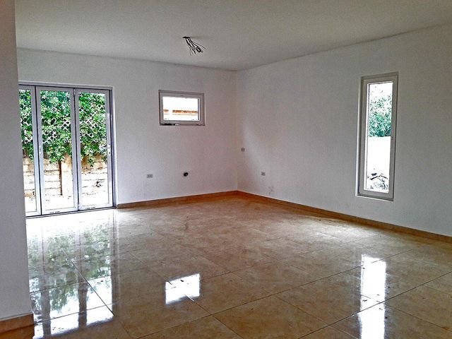 Residential-Casa Aruba>Oranjestad>Oranjestad - Venta:217.500 Dolar - codigo: 20-17