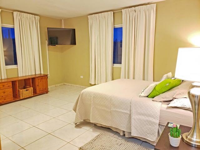 Residential-Casa Aruba>Noord>Noord - Alquiler:1.685 Dolar - codigo: 20-36