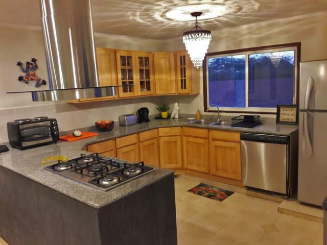 Residential-Casa Aruba>Noord>Noord - Alquiler:1.450 Dolar - codigo: 20-42