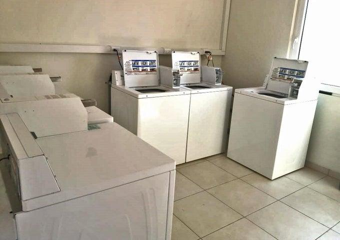 Residential-Casa Aruba>Noord>Noord - Venta:378.000 Dolar - codigo: 20-47