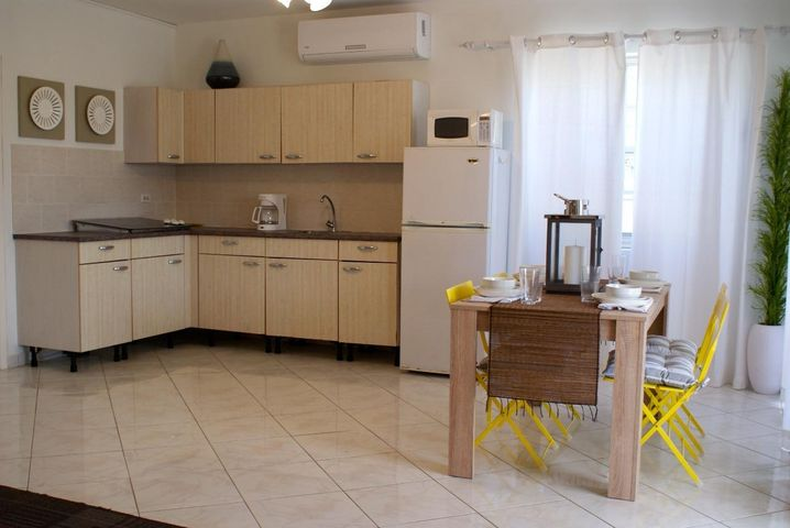 Residential-Casa Aruba>Noord>Noord - Alquiler:1.300 Dolar - codigo: 21-15