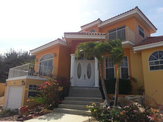 Casa Aruba>Santa Cruz>Santa Cruz - Venta:290.000 Dolar - codigo: 21-24