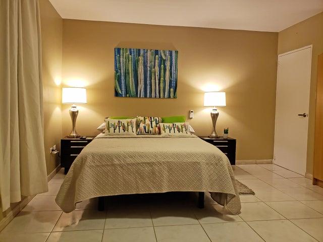 Residential-Casa Aruba>Noord>Noord - Alquiler:1.690 Dolar - codigo: 21-29