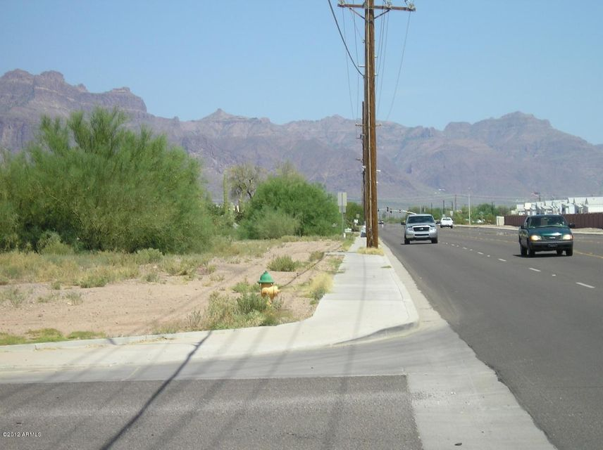 W Superstition Boulevard