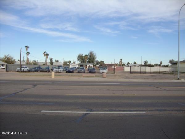870 E CHANDLER Boulevard, Chandler, AZ 85225