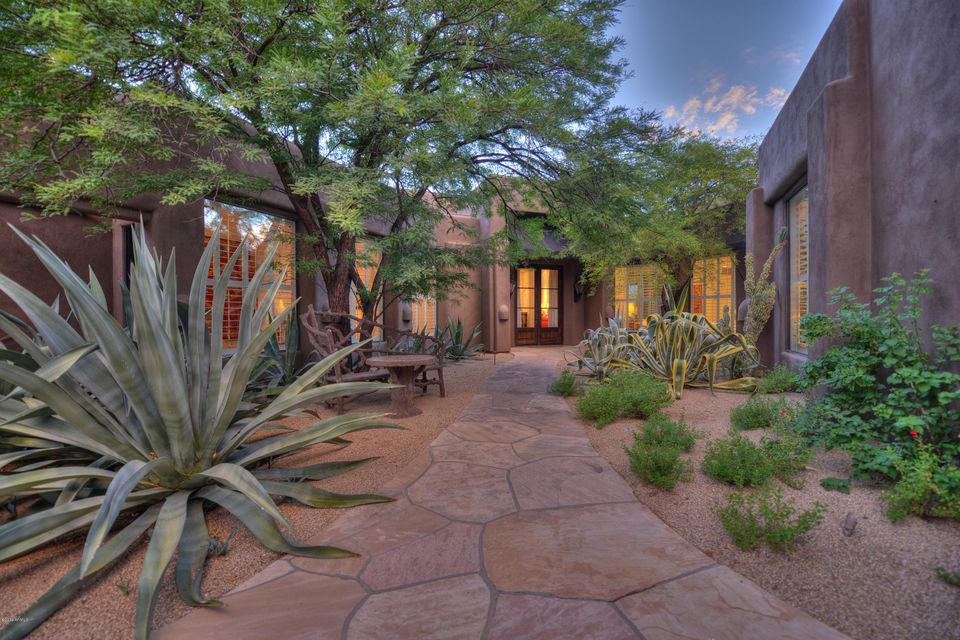 39658 N 104TH Street, Scottsdale, AZ 85262
