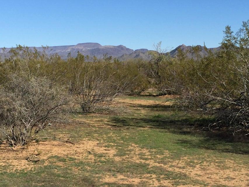1518 E RED RANGE Way Lot 8, Phoenix, AZ 85085