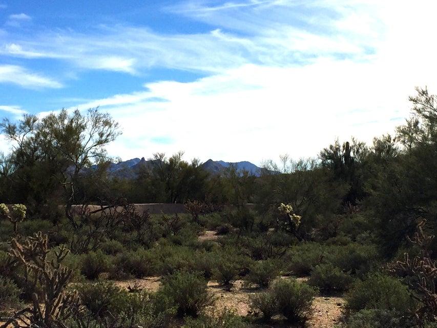7975 E Whisper Rock Trail