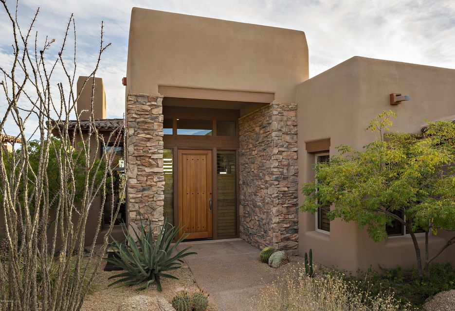Photo of 9759 E FORGOTTEN HILLS Drive, Scottsdale, AZ 85262