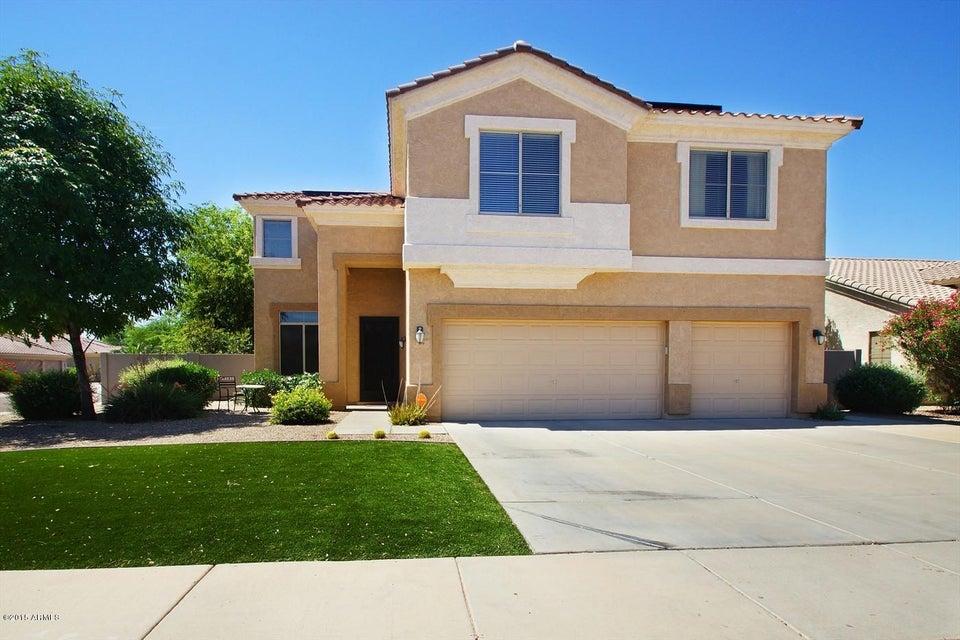 239 W DESERT Avenue, Gilbert, AZ 85233