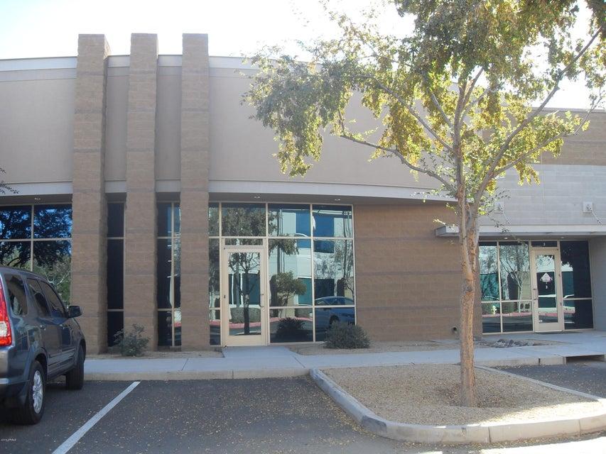 5700 W Chandler Boulevard D2, Chandler, AZ 85226