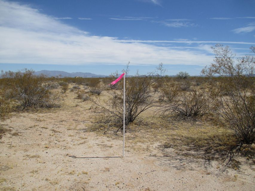 59500 N Eagle Eye Road, Tonopah, AZ 85354