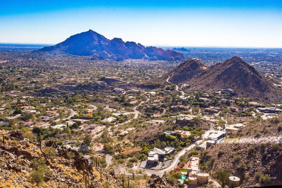 7620 N RED LEDGE Drive Lot 202, Paradise Valley, AZ 85253