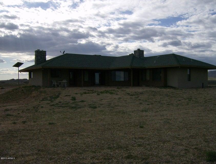 17501 S Lava Ridge Road, Congress, AZ 85332