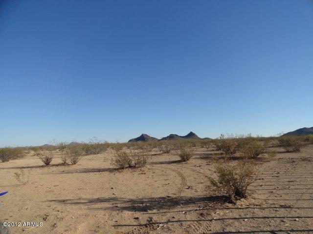 Photo of 54000 SW Pete Road, Aguila, AZ 85320