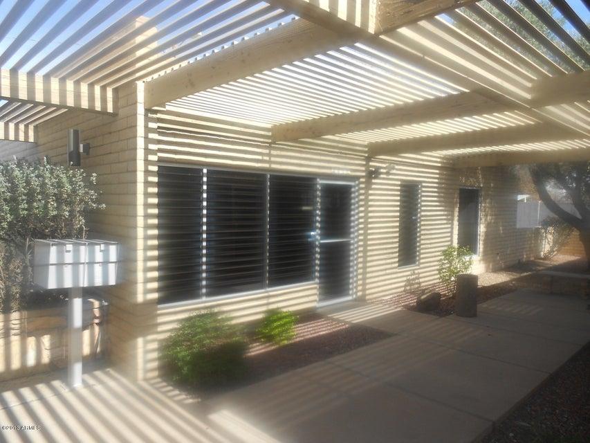 449 N ALMA SCHOOL Road 2, Mesa, AZ 85201