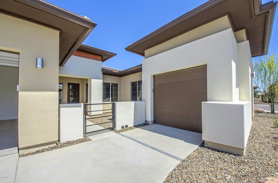 13142 W LONE TREE Trail, Peoria, AZ 85383