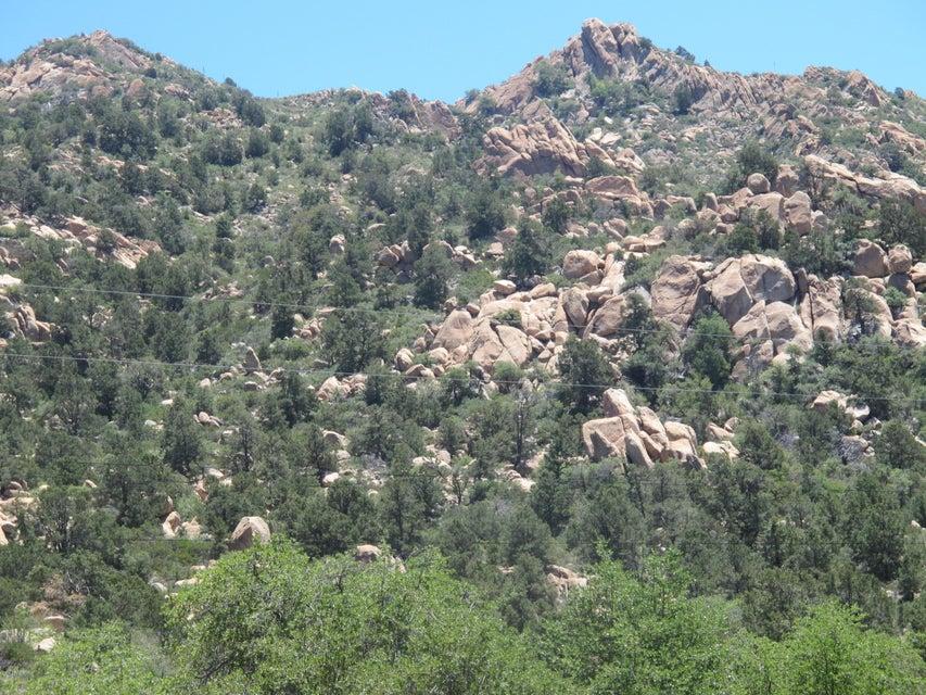 S Hutton Peak parcel b or d or e Road Lot pt of 005c,d,e, Superior, AZ 85173