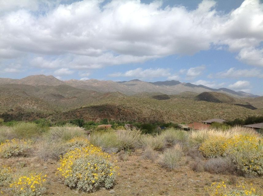 35327 S PINNACLE Place Lot 30, Black Canyon City, AZ 85324