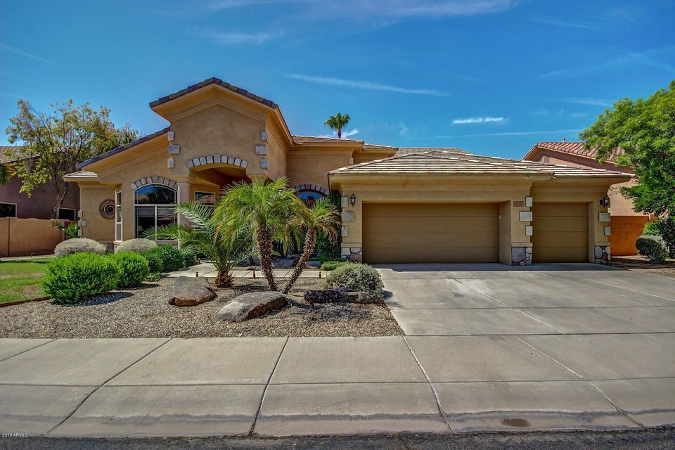 6141 W PARK Avenue, Chandler, AZ 85226