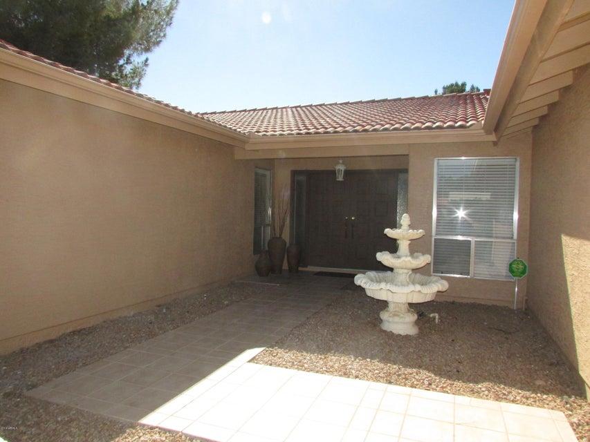 25231 S PAPAGO Place, Sun Lakes, AZ 85248