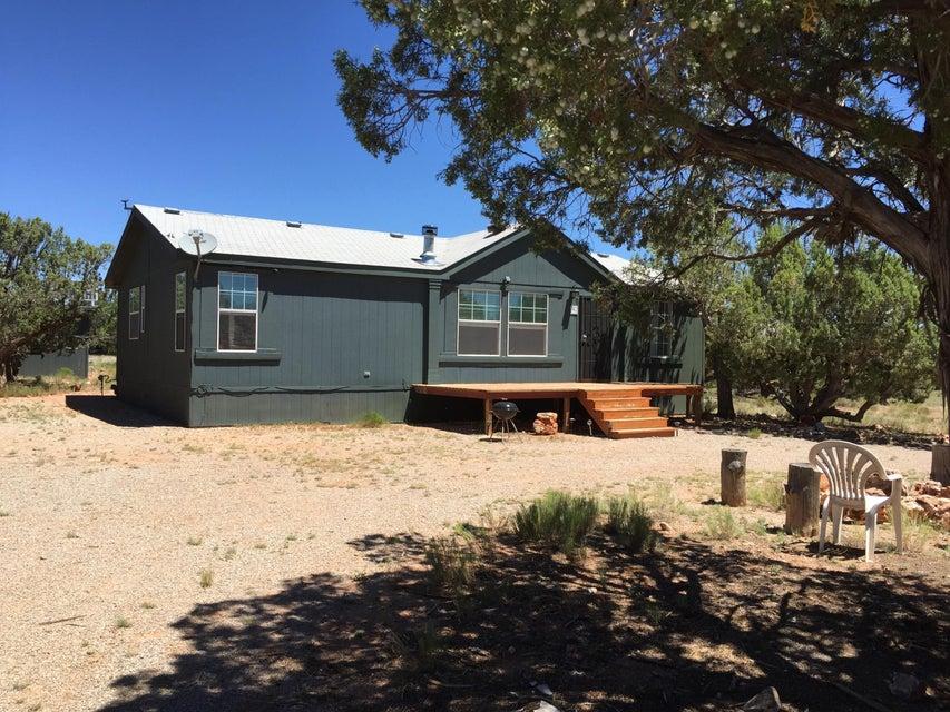 207 Rough Rock Road, Seligman, AZ 86337