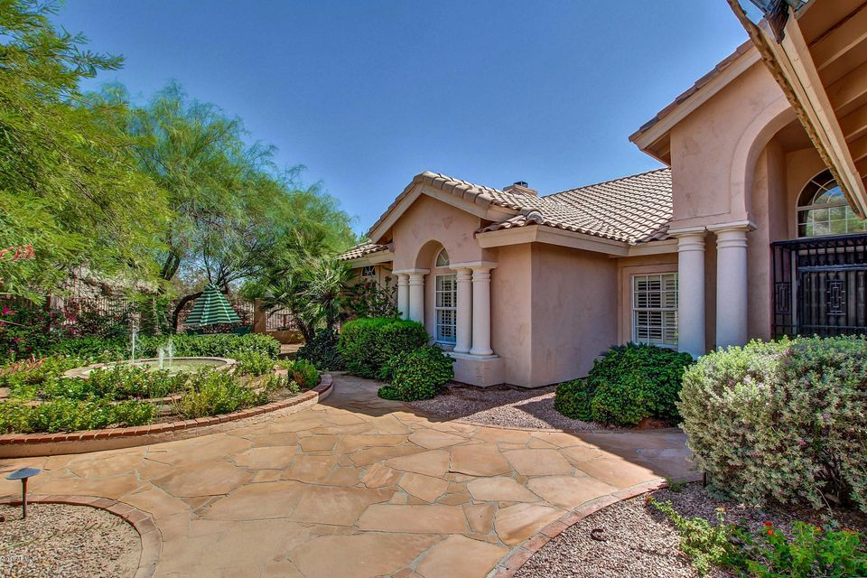 1473 E AMBERWOOD Drive, Phoenix, AZ 85048