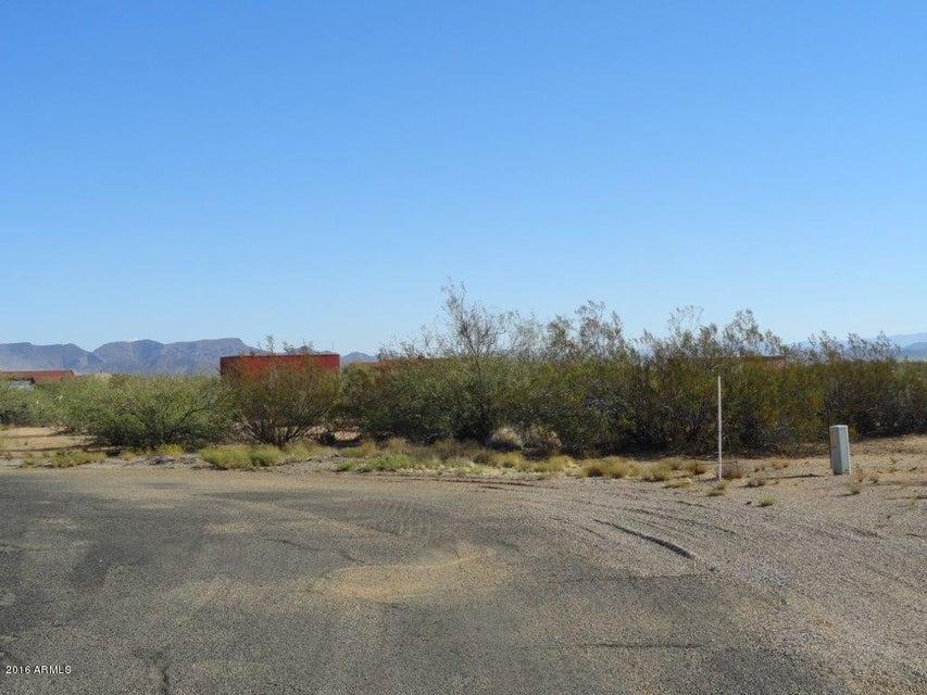 N 508 Avenue Lot 106, Aguila, AZ 85320