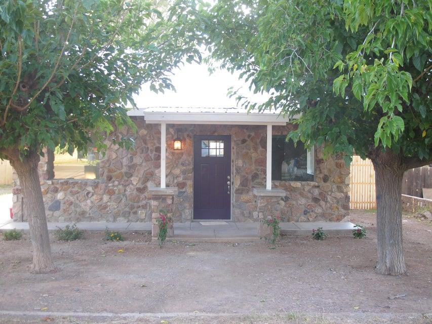 104 S Richard Avenue, Superior, AZ 85173