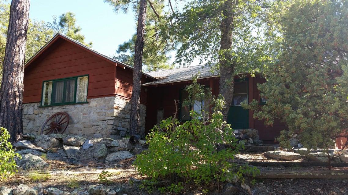 6 E Summer Homes Drive, Crown King, AZ 86343