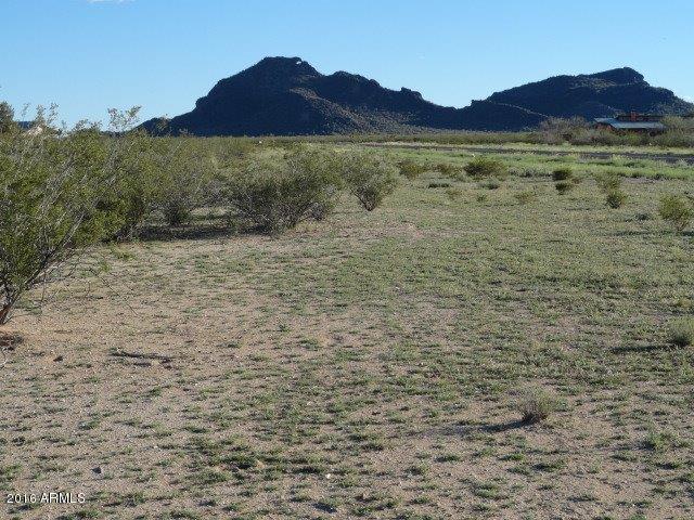 Photo of 51100 W William Road W, Aguila, AZ 85320