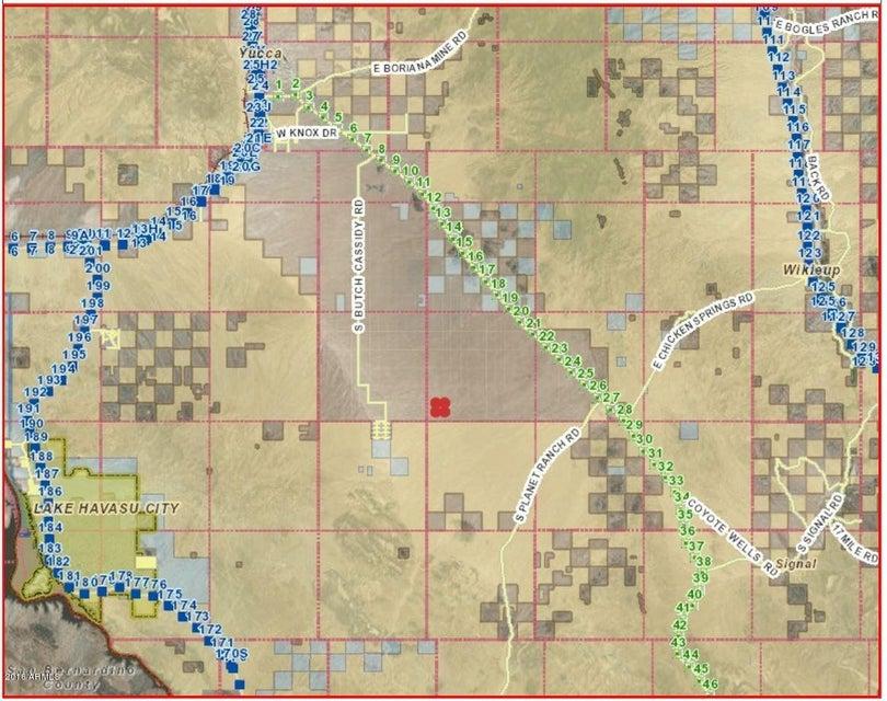 000 Stagecoach Trails --, Yucca, AZ 86438