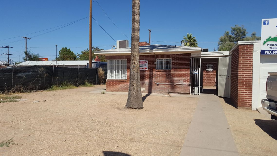131 N 28TH Avenue, Phoenix, AZ 85009