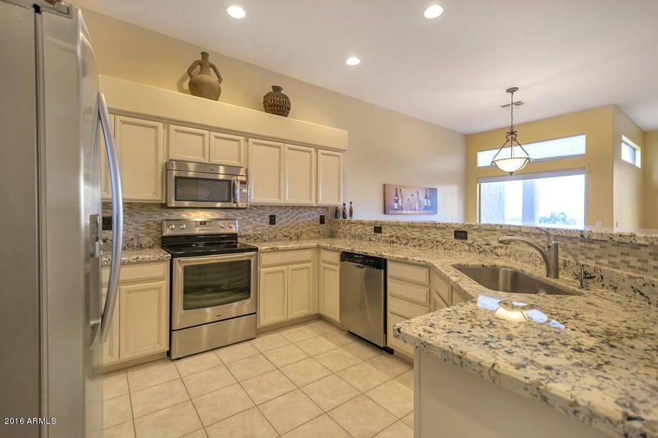 12828 N MOUNTAINSIDE Drive 102, Fountain Hills, AZ 85268