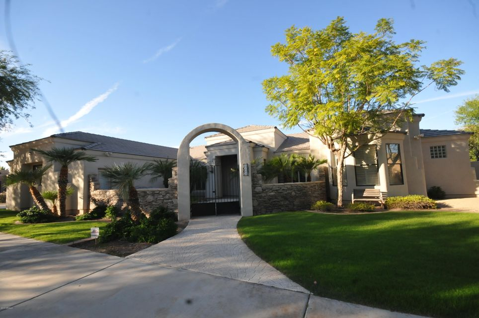 5200 W WINSTON Drive, Laveen, AZ 85339