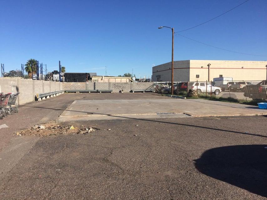 6527 N 59TH Avenue, Glendale, AZ 85301