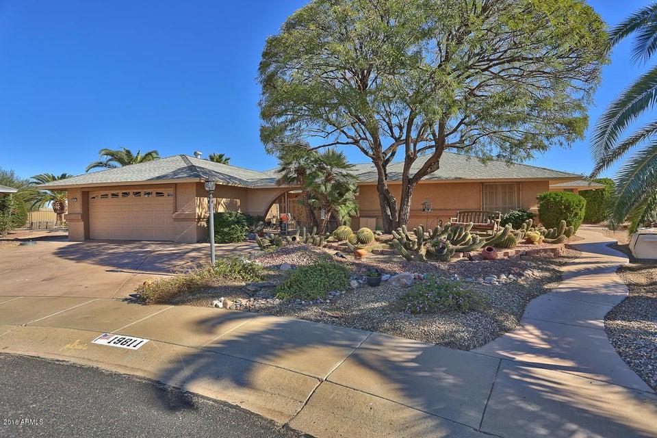 19811 N CONQUISTADOR Drive, Sun City West, AZ 85375
