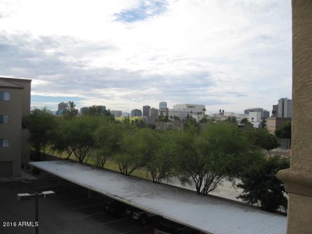 House/Condo/Apartment/Flat 920 E DEVONSHIRE Avenue, Phoenix