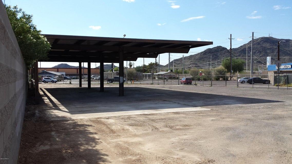 9505 N Cave Creek Road, Phoenix, AZ 85020